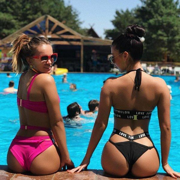 Жара и обнаженные красотки: Волгоградки взорвали соцсети горячими фото