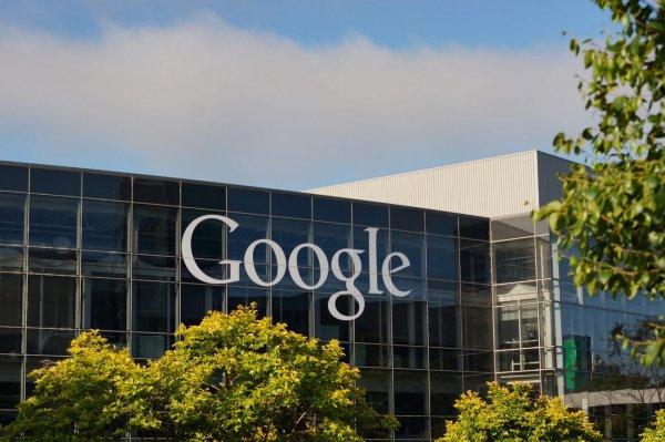 Вирусными расширениями-майнерами Google заразились 100 000 компьютеров