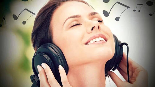 Популярный сайт для скачивания и прослушивания музыки